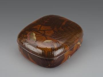 Accessory Box (Tebako) with Mimosa