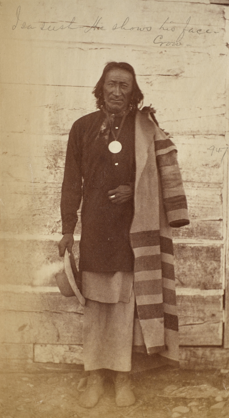 I-Sa-Seesh or In-Tee-Us (He Shows His Face), Crow Agency, Montana