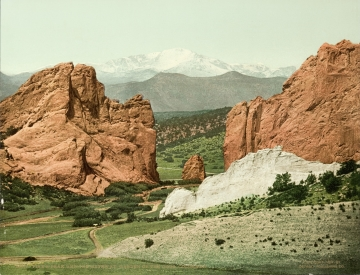 Garden of the Gods and Pikes Peak