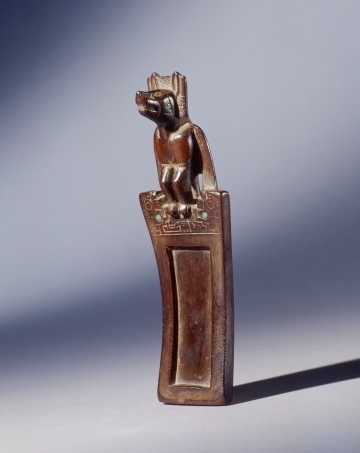 Snuff Tray with Canine-human figure