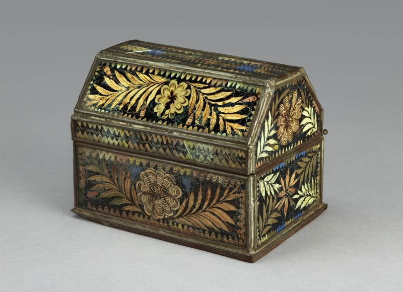 Jewelry or trinket chest