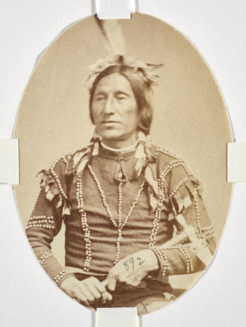 Wakin Cistin or Wa-Kin-Yan-Chin-Stin or Wo-A-Ki-A-Tsi-Kan (Little Thunder), Yankton Dakota